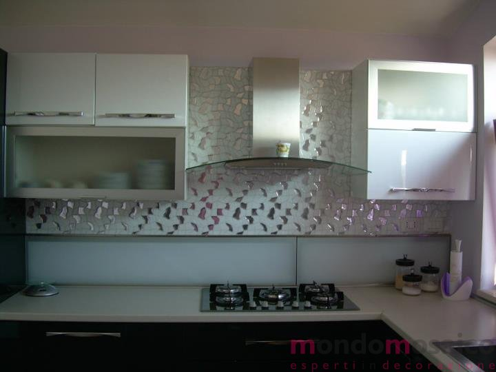 Frontale cucina in mosaico mondo mosaico italia - Mosaico rivestimento cucina ...