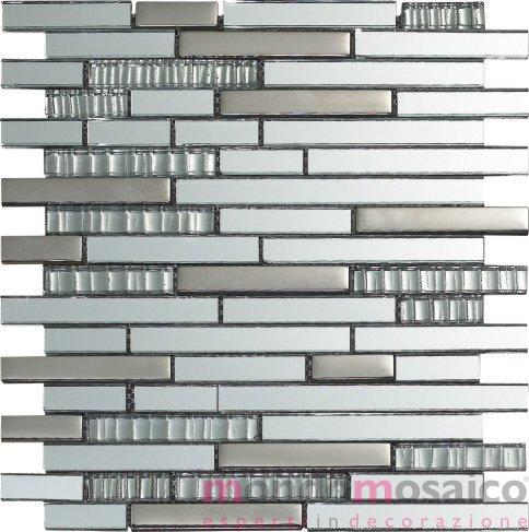 Mosaico a listelli in vetro effetto riflesso